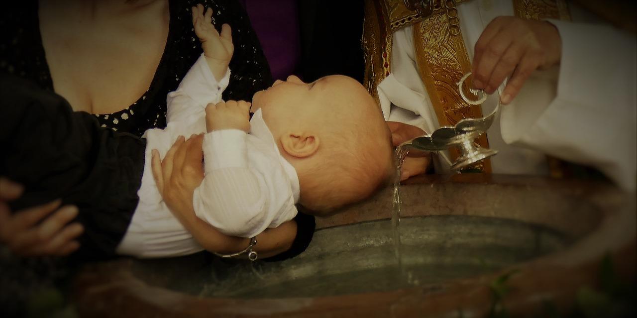 Quel bijou de baptême pour un bébé ?